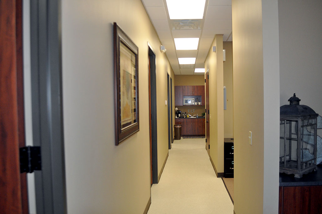 Hallway<div style='clear:both;width:100%;height:0px;'></div><span class='cat'>Office Suite</span>